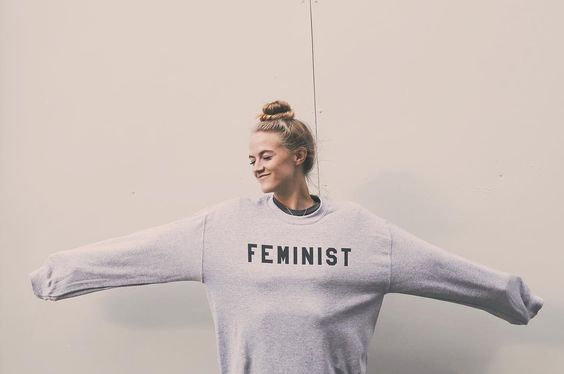 28 femenist sweatshirt 2 melonkiss