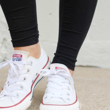 How To Wear Leggings With White Converse