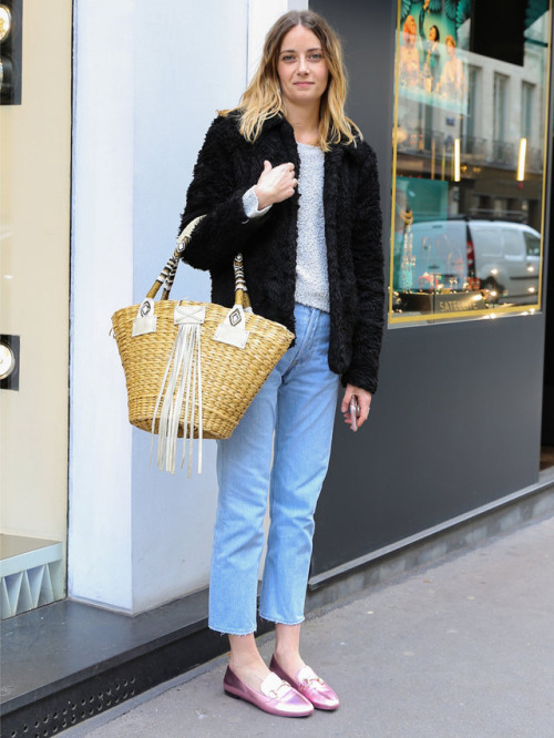 how to style a straw bag outfit ideas melonkiss 9